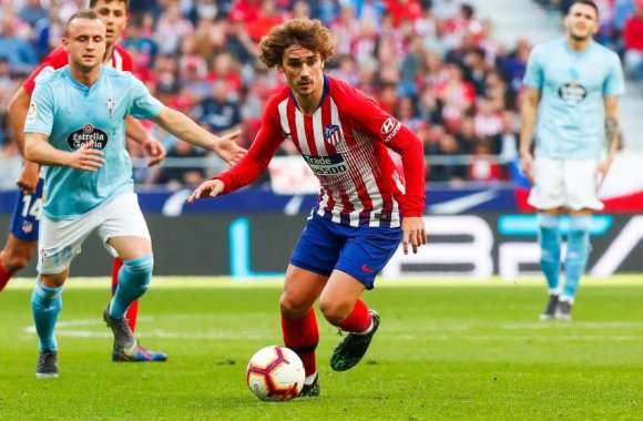 Antoine Griezmann has signed with Fútbol ClubBarcelona